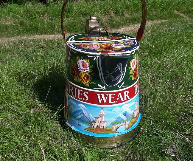 2 Gallon Brass Banded Watercan